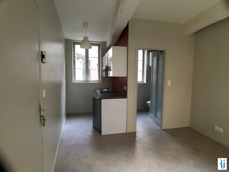Location appartement Rouen 398€ CC - Photo 3