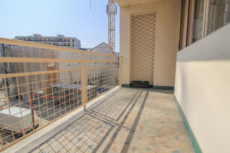 Sale apartment Chambery 229000€ - Picture 1