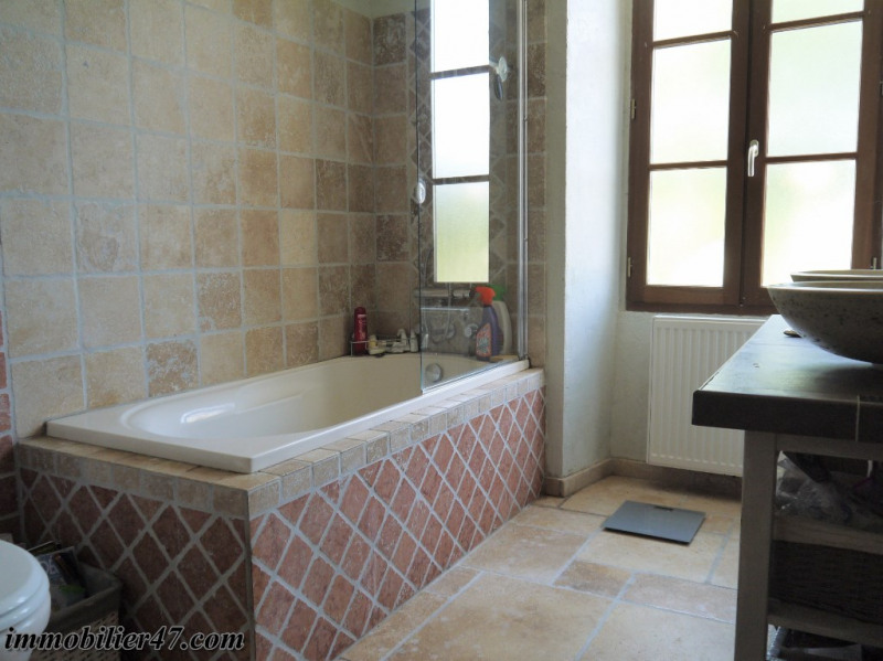 Sale house / villa Prayssas 340000€ - Picture 9