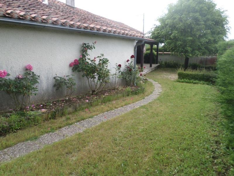 Vente maison / villa Lussac les chateaux 97200€ - Photo 1