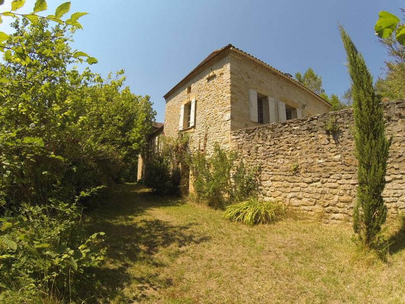 Sale house / villa Saint-germain-de-belves 339200€ - Picture 1