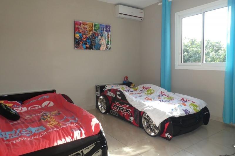 Revenda casa Le tampon 420000€ - Fotografia 6