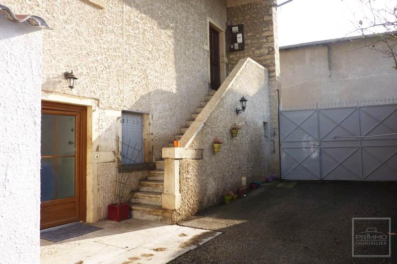 Maison de village CHASSELAY 120 m²
