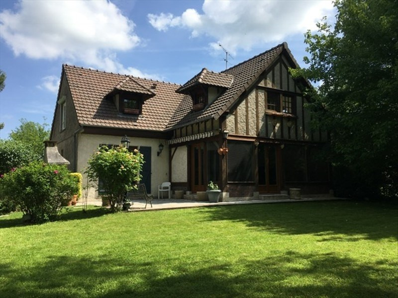 Sale house / villa Montfort l amaury 569000€ - Picture 2