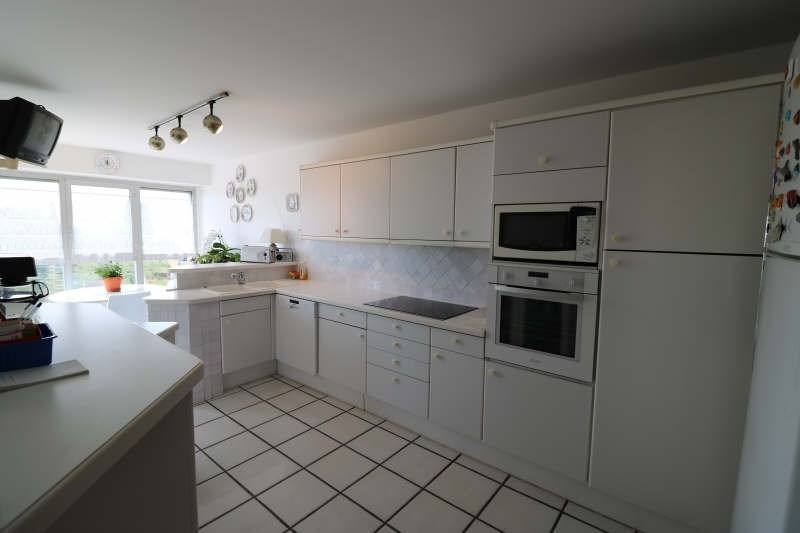 Deluxe sale apartment Cannes la bocca 1 050 000€ - Picture 4