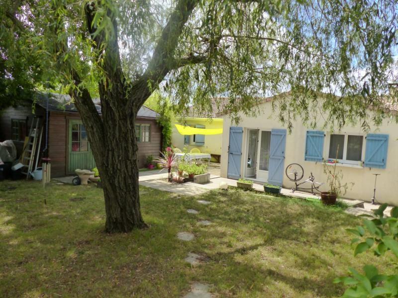 Sale house / villa Blanquefort 385000€ - Picture 4