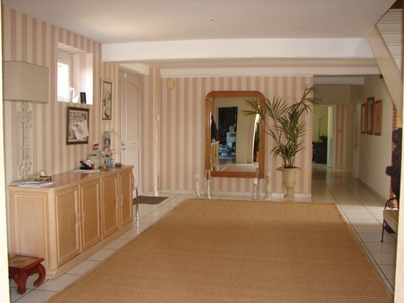 Deluxe sale house / villa L isle jourdain 598000€ - Picture 3