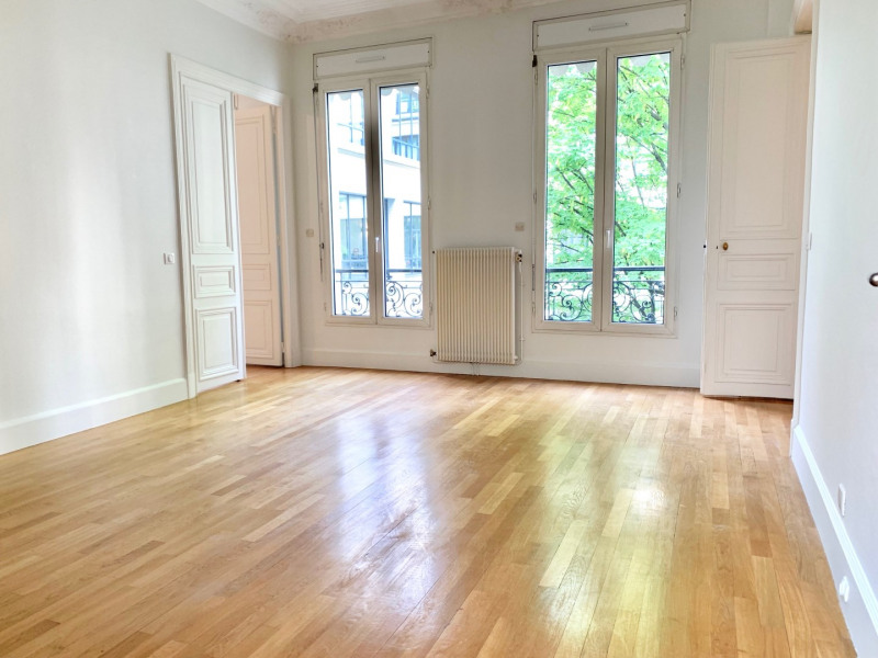 Rental apartment Paris 8ème 7 540€ CC - Picture 6