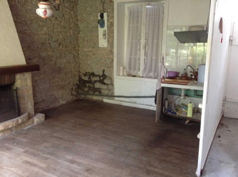 Sale house / villa Rostrenen 28000€ - Picture 3