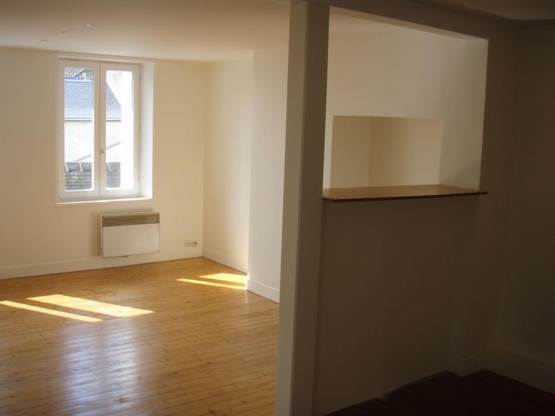 Location appartement Honfleur 364€ CC - Photo 1