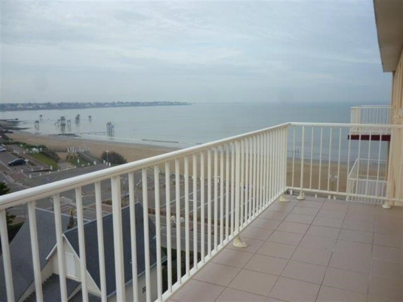 Vacation rental apartment Tharon plage 760€ - Picture 1