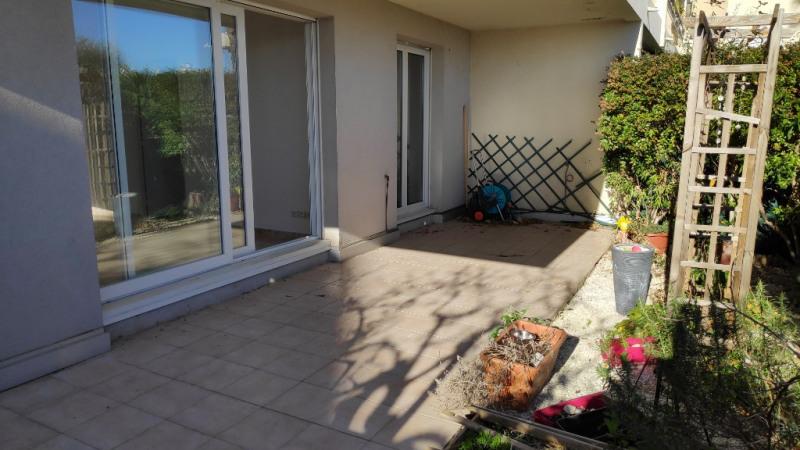 Location appartement Saint laurent du var 890€ CC - Photo 4