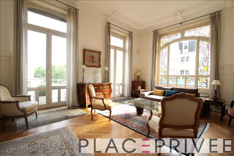 Deluxe sale apartment Nancy 750000€ - Picture 3