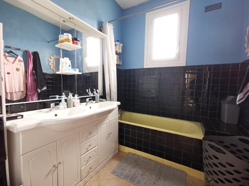 Sale house / villa Nexon 130000€ - Picture 4