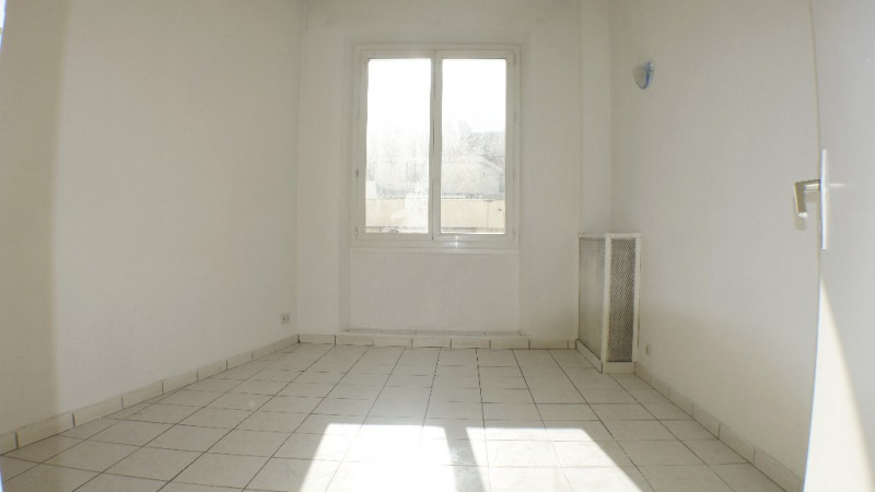 Location appartement Toulon 499€ CC - Photo 5