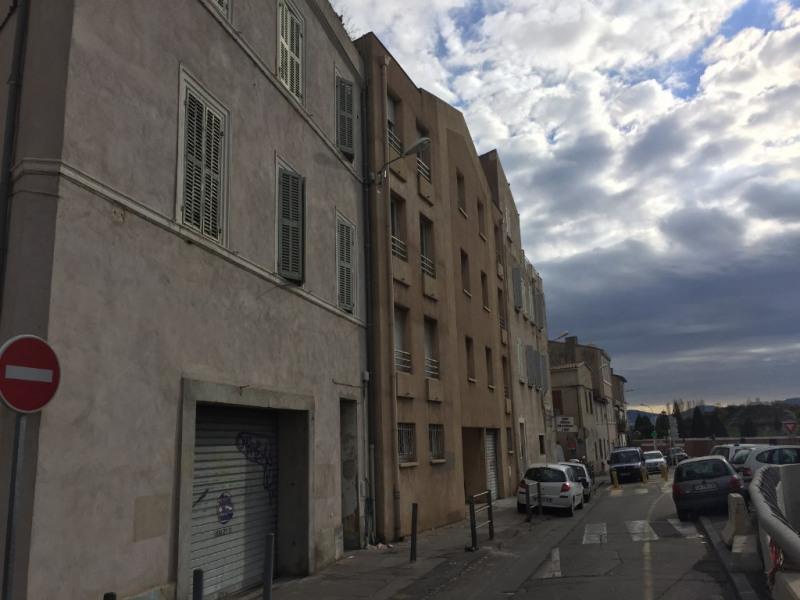 Location appartement Marseille 10ème 546€ CC - Photo 7