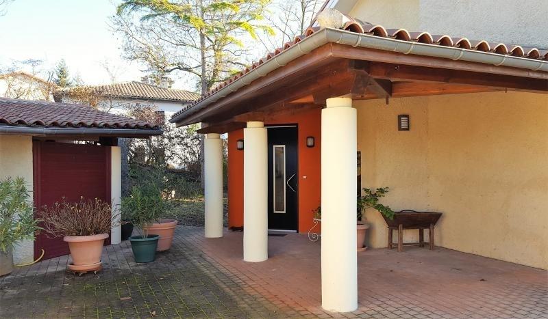 Sale house / villa L isle jourdain 499000€ - Picture 5