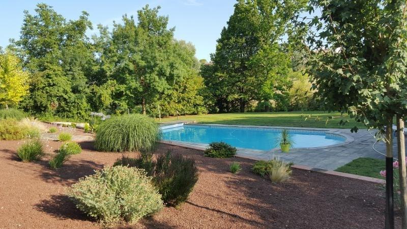 Sale house / villa L isle jourdain 499000€ - Picture 4