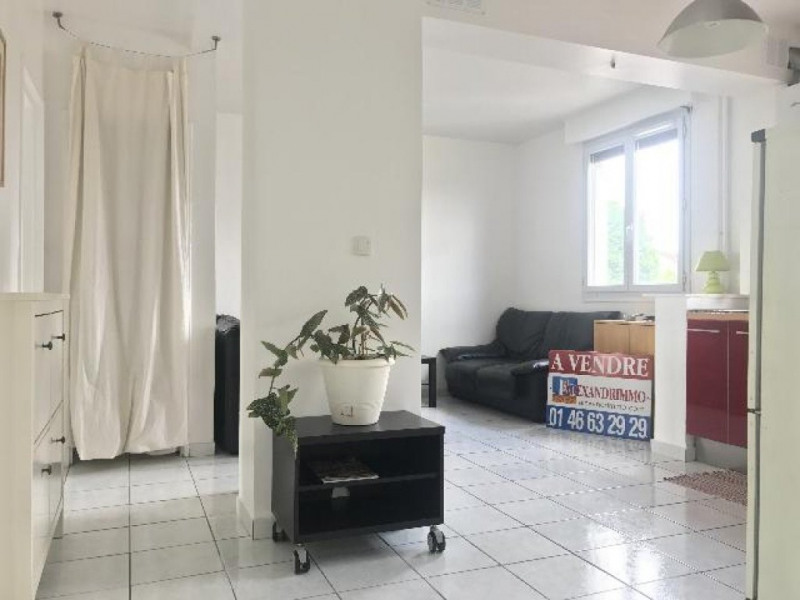 Vente appartement Cachan 235 000€ - Photo 2