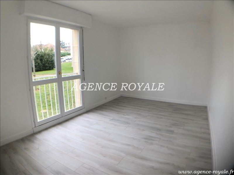 Rental apartment Chambourcy 1 250€ CC - Picture 5