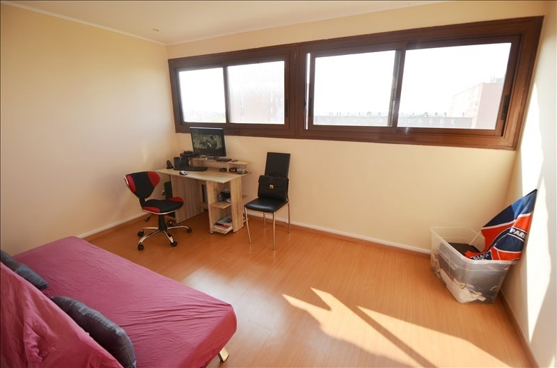 Sale apartment Carrieres sur seine 222 000€ - Picture 3