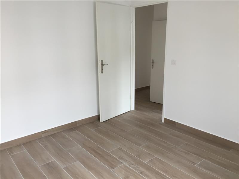 Location appartement Buc 1296€ CC - Photo 3