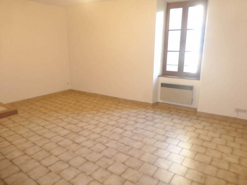 Location appartement Largentière 340€ CC - Photo 3