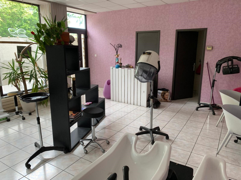 Sale building Decazeville 81 500€ - Picture 2