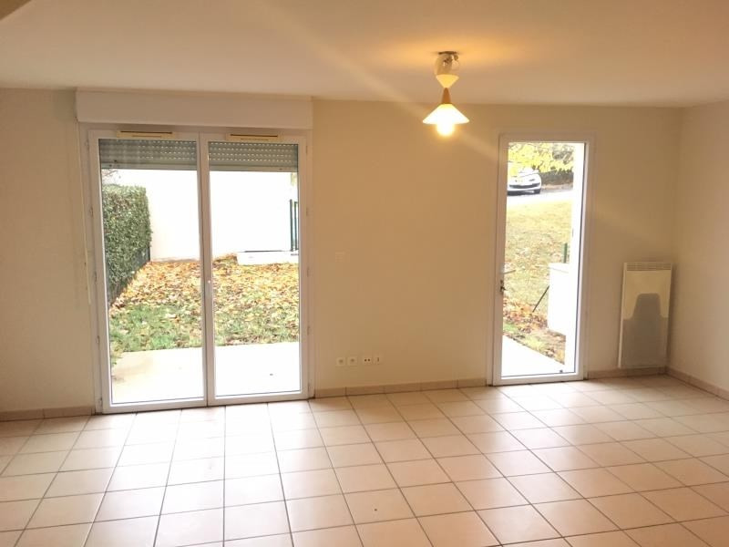 Location maison / villa Vendome 699€ CC - Photo 3