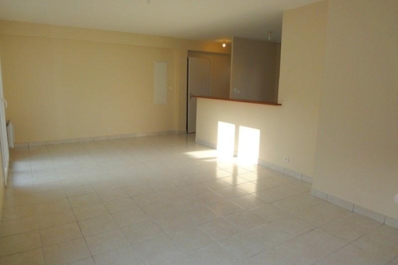 Location appartement Saint-renan 643€ CC - Photo 3