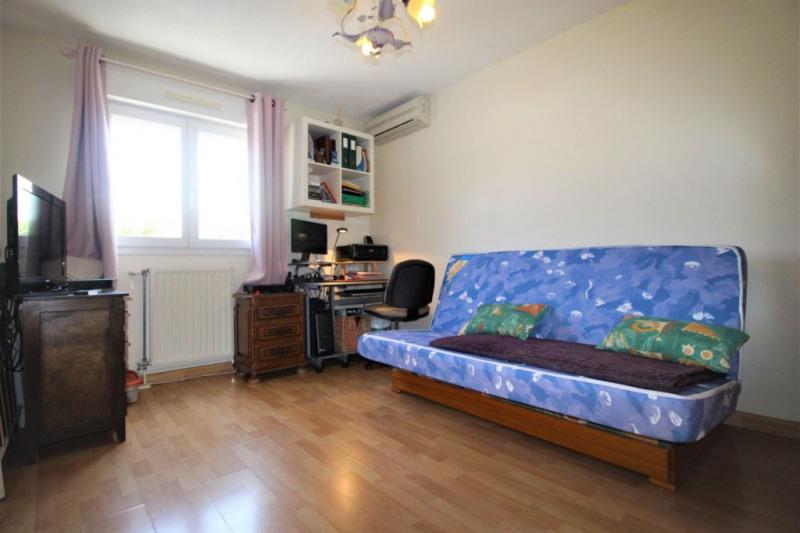 Sale house / villa Saint laurent du var 446000€ - Picture 9