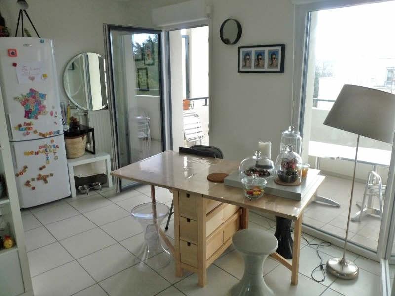 Rental apartment Ste foy les lyon 799€ CC - Picture 2