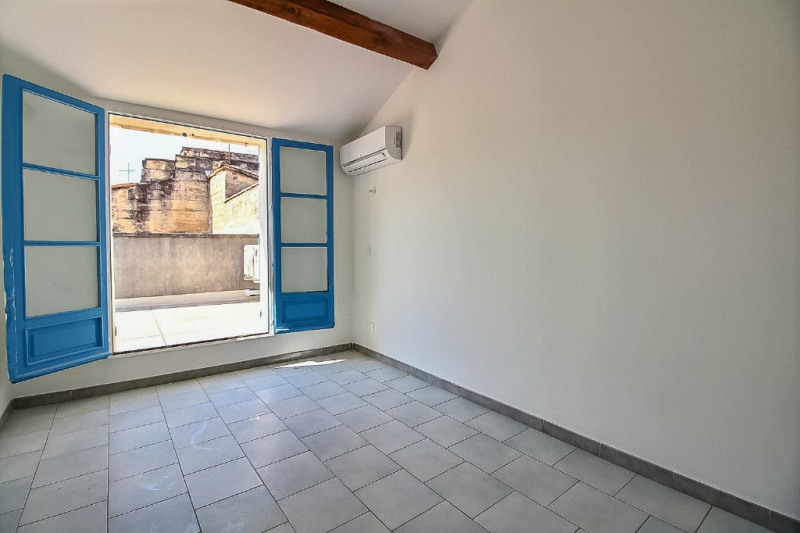 Location appartement Beaucaire 820€ CC - Photo 3