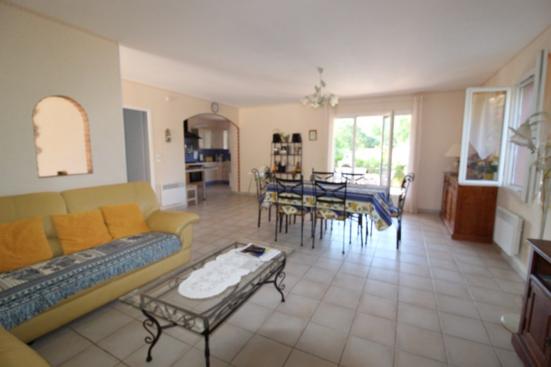 Vente maison / villa Hyeres 490 000€ - Photo 5
