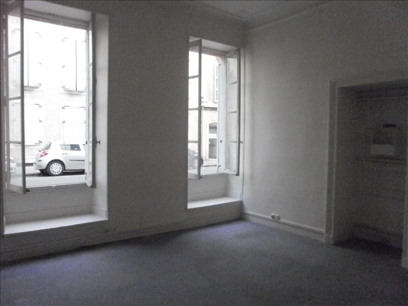 Location local commercial Pau 655€ HT/HC - Photo 2