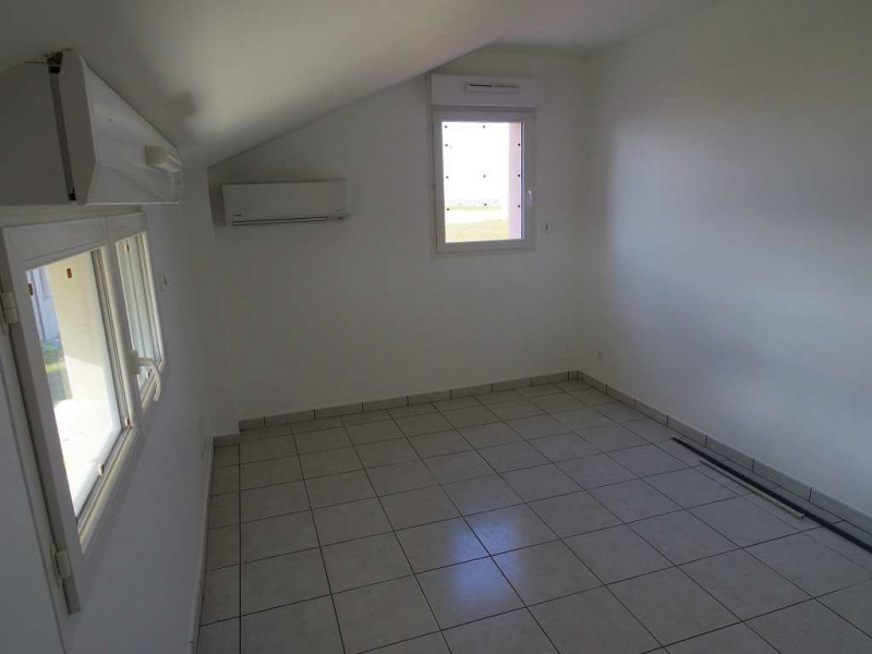 Location maison / villa Montastruc la conseillere 907€ CC - Photo 10