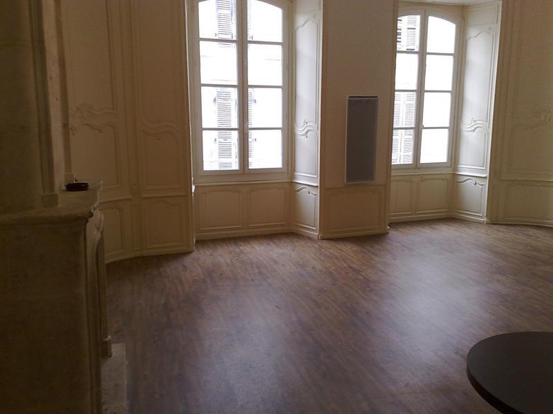 Rental apartment Saintes 579€ CC - Picture 2