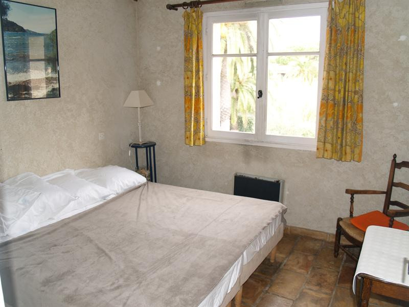 Vacation rental apartment Les issambres 490€ - Picture 10
