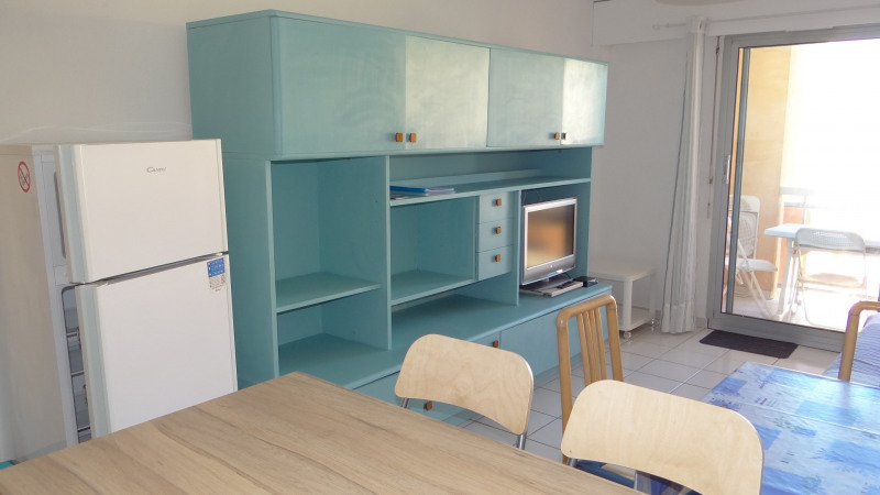 Vacation rental apartment Cavalaire 400€ - Picture 5