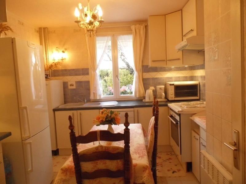 Sale house / villa Trets 425000€ - Picture 6
