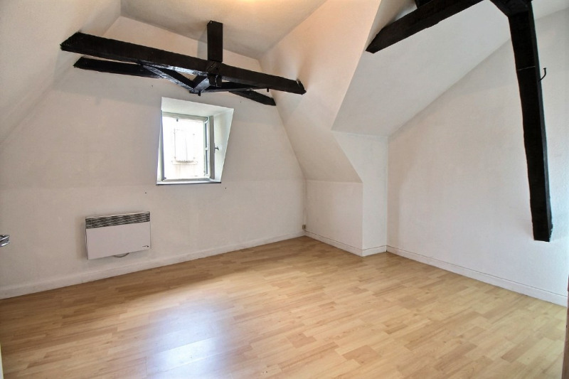 Sale apartment Oloron sainte marie 85000€ - Picture 1