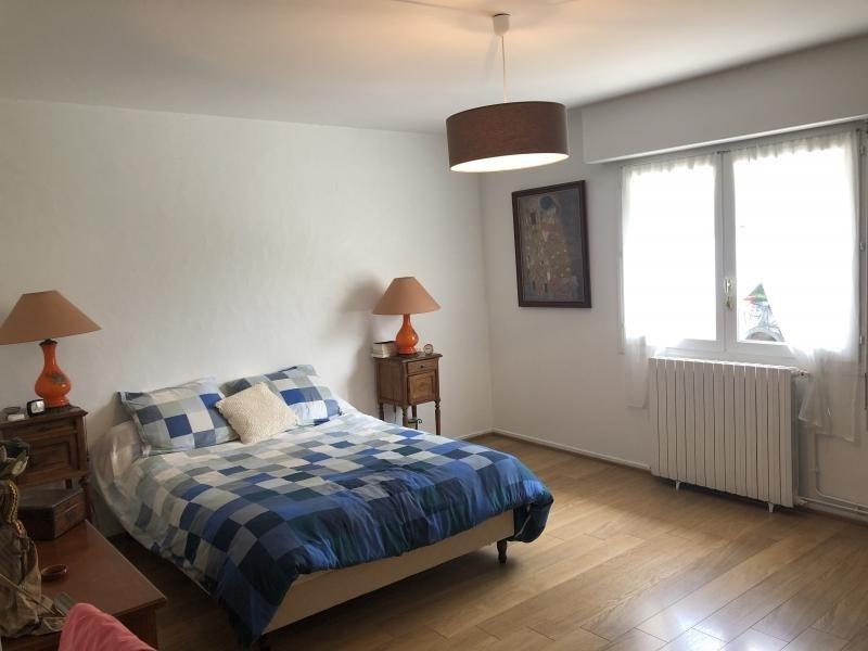 Sale house / villa Oloron ste marie 246100€ - Picture 8