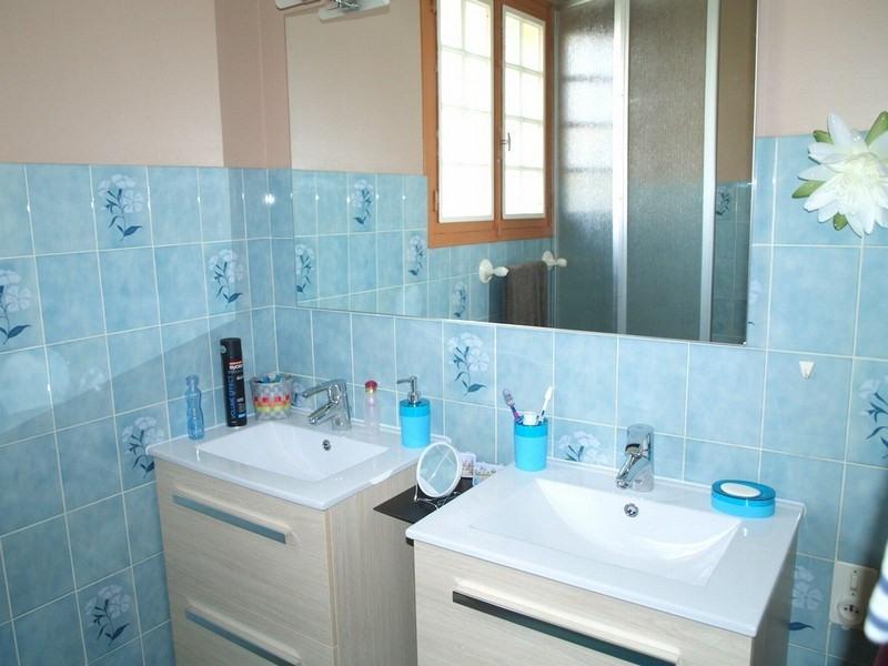 Sale house / villa Vaudrimesnil 139000€ - Picture 5