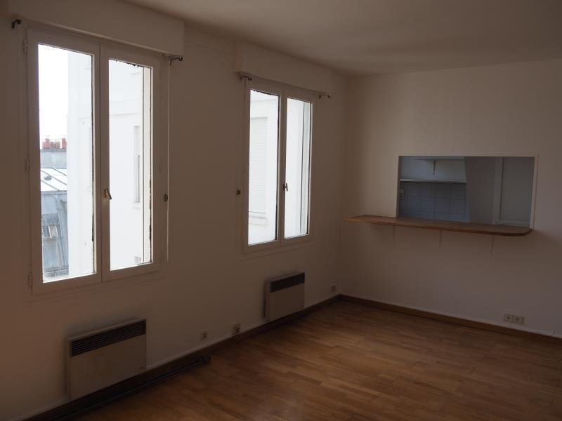 Location appartement Paris 18ème 950€ CC - Photo 5