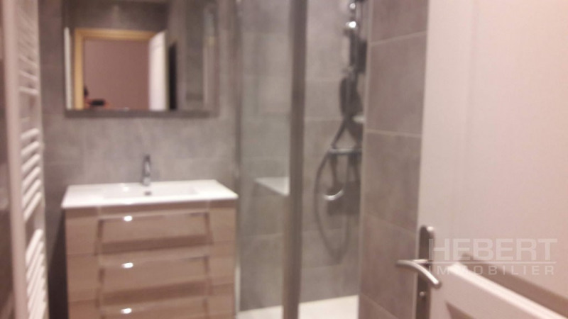 Rental apartment Magland 980€ +CH - Picture 6