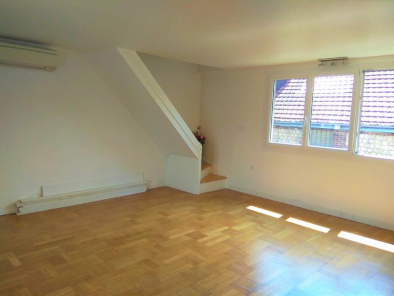 Sale house / villa Elbeuf 174000€ - Picture 3