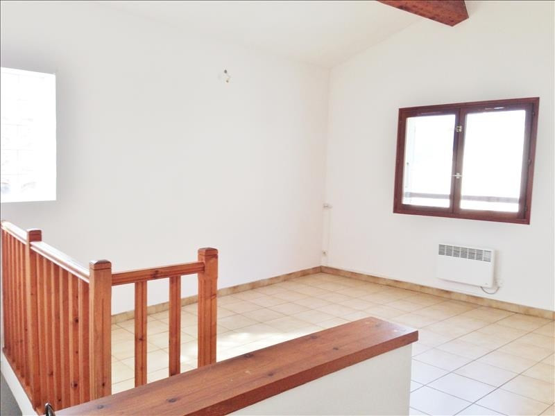 Location appartement Gemenos 750€ CC - Photo 1