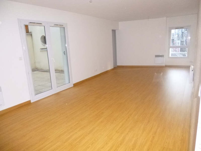 Rental apartment Bordeaux 1 302€ CC - Picture 1