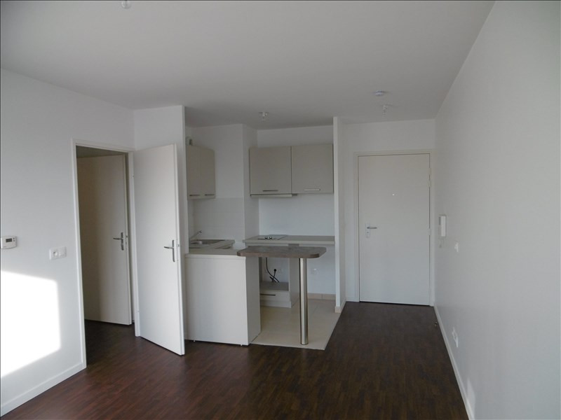 Rental apartment Les ulis 594€ CC - Picture 2