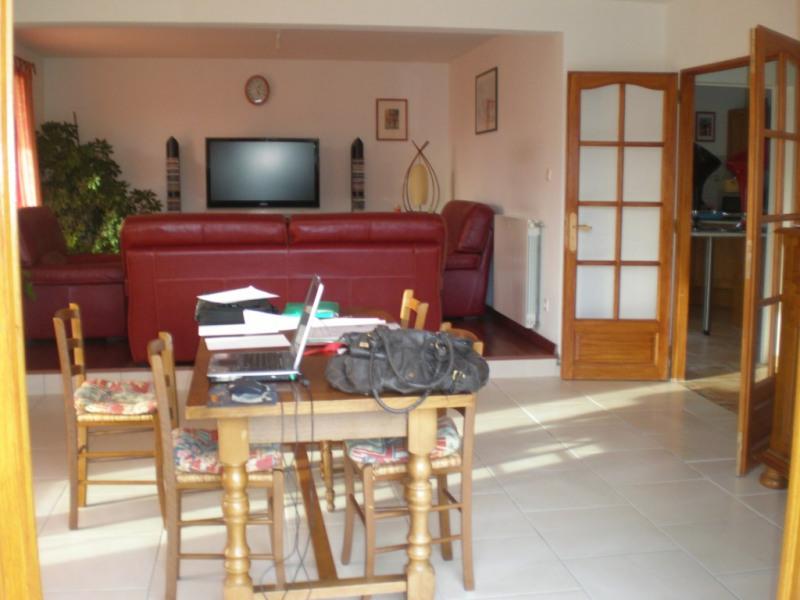Rental house / villa Lescar 1296€ CC - Picture 2